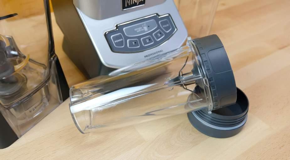 Ninja BL660 Professional Countertop Blender: Personal cup