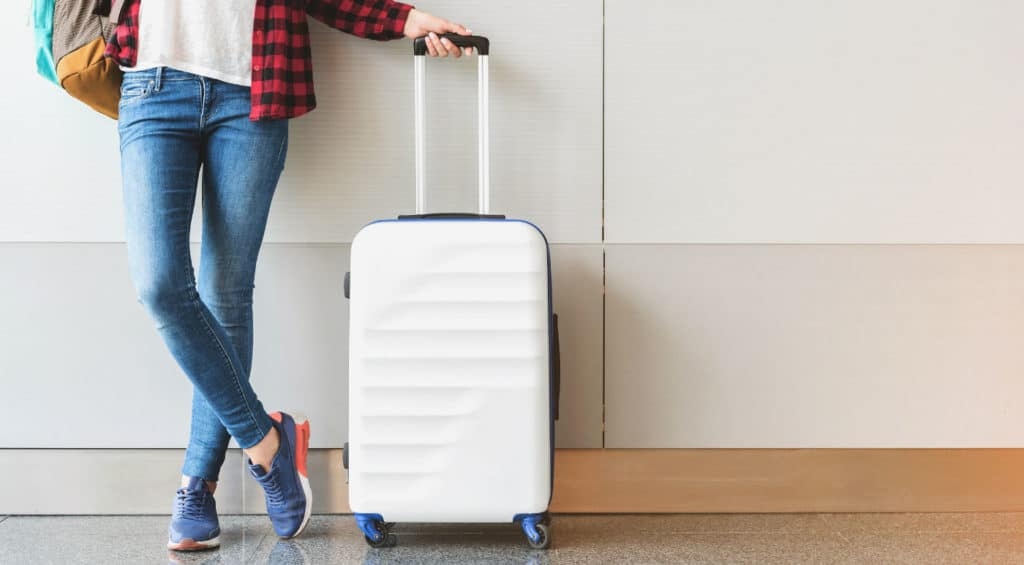 How to Measure Luggage: RAVE Travel Tips
